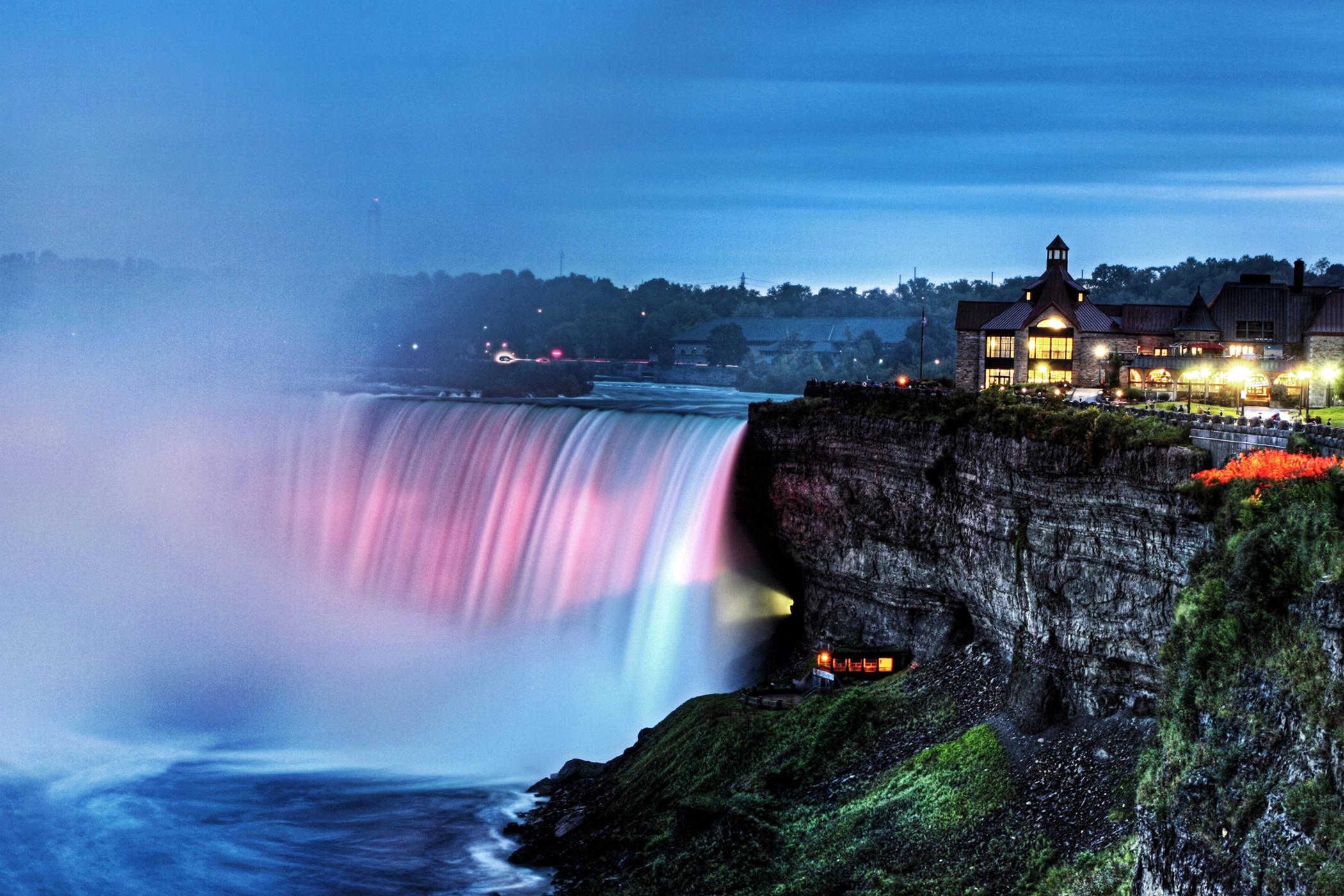 Waterfall, Toronto Gallery - Canada: Ontario: Toronto