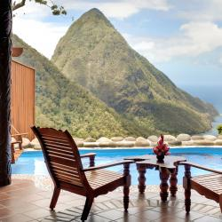 Authentic Properties : Ladera Resort
